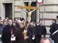 video_via-crucis-2.jpg